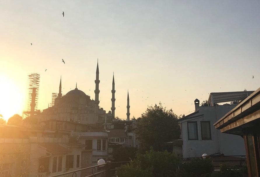 Mesquita Azul em reforma até 2020 o que vestir para entrar na Mesquita Azul