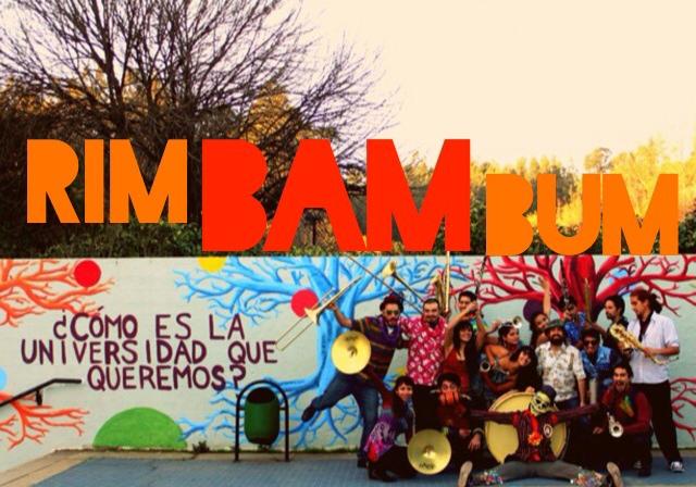 música de rua no Chile rim bam bum