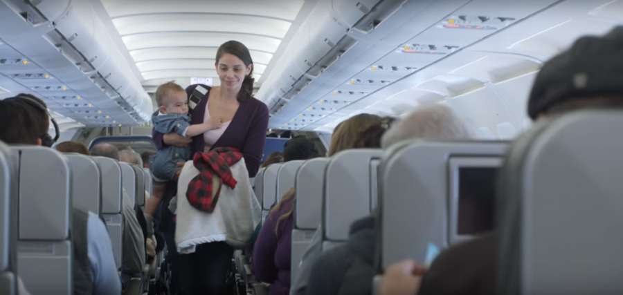 cia aéra dá desconto para bebê que chora