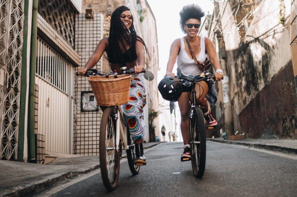 como viajar pelo brasil combater o preconceito ao mesmo tempo
