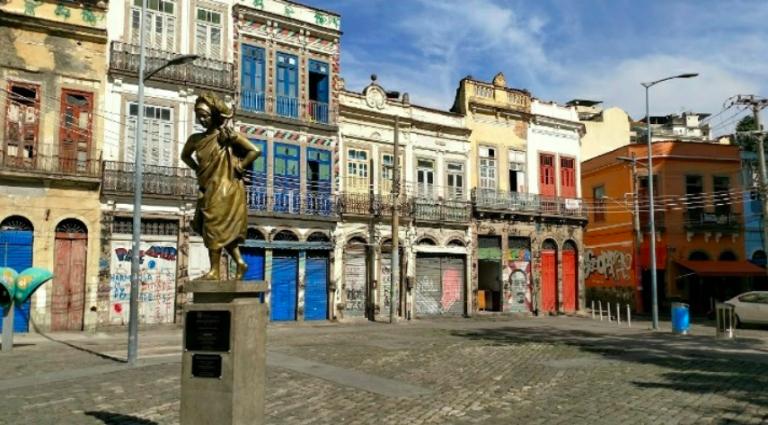 tour pequena africa no Rio turismo conta o racismo